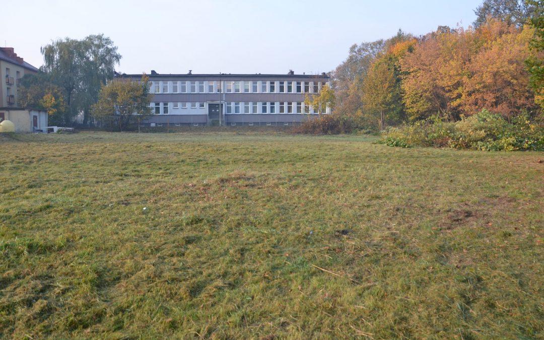 Ogłoszenie o czwartym przetargu pisemnym  nieograniczonym na sprzedaż nieruchomości położonej w Tarnowskich Górach przy  ul. Zagórskiej.