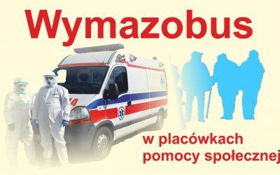 """Wymazobus przed DPS """"Przyjaźń"""""""