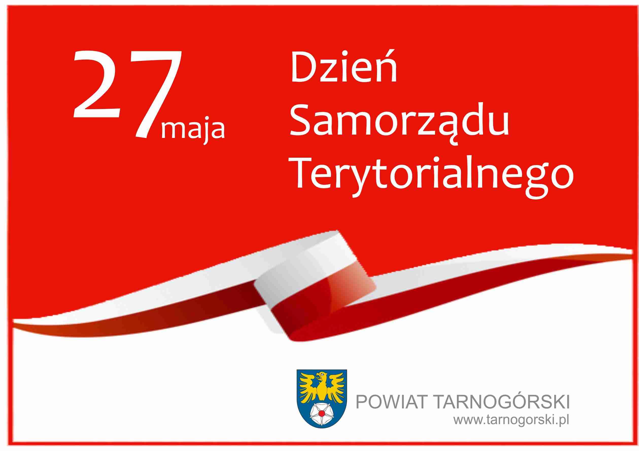 Na zdjęciu flaga i herb Powiatu Tarnogórskiego