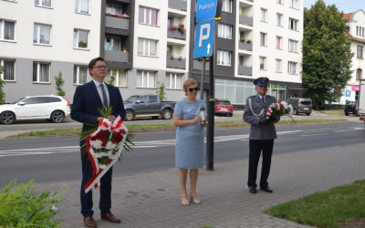 Władze powiatu uczciły pamięć pomordowanych